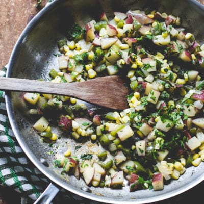 red bliss skillet hash | theclevercarrot.com
