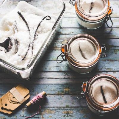 making vanilla sugar